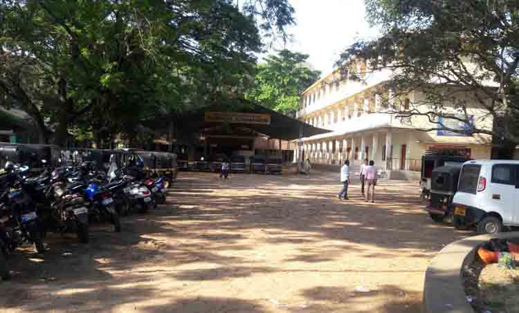 devathar school at thanoor in malppuram practicing new project in sslc exam