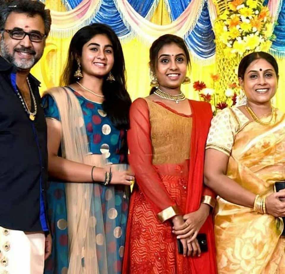 Saranya Ponvannan Family