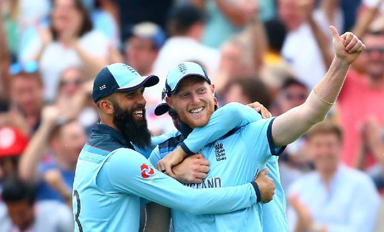 Ben Stokes, ബെന് സ്റ്റോക്സ്,Ben Stokes catch,ബെന് സ്റ്റോക്സ് ക്യാച്ച്, Ben Stokes World Cup 2019 catch, Ben Stokes 89, Andile Phehlukwayo, Adil Rashid, England vs South Africa, South Africa vs England, ENG vs SA, SA vs ENG, Best World Cup catches