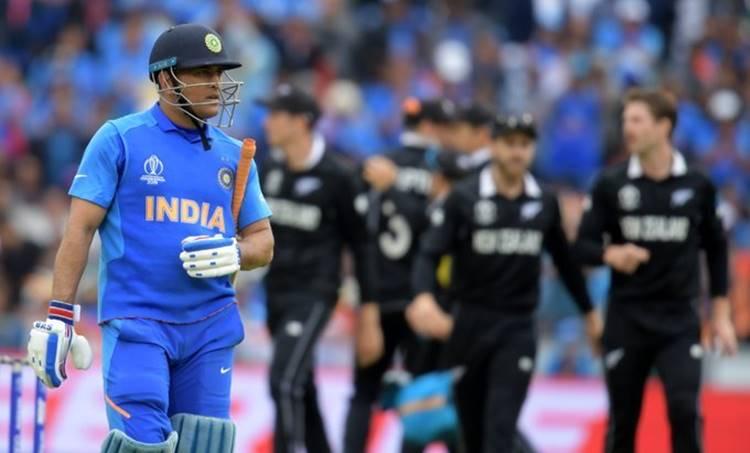 MS Dhoni, indian fan dies, indian fan died, എം.എസ് ധോണി, ലോകകപ്പ്, ഇന്ത്യൻ ആരാധകൻ, മരണം, MS Dhoni fan, heart attack, MS Dhoni fan dies,MS Dhoni Jharkahnd fan,MS Dhoni retirement,Thank You MS Dhoni,India vs New Zealand,India vs New Zealand semi-final 1,Manchester,Old Trafford,ICC Cricket World Cup 2019. ICC World Cup 2019,2019 ICC CWC,ICC Cricket World Cup 2019, iemalayalam, ഐഇ മലയാളം