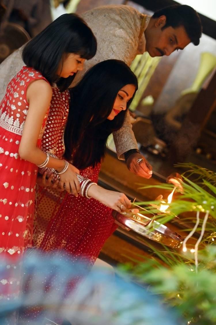 diwali, Amitabh Bachchan, ie malayalam