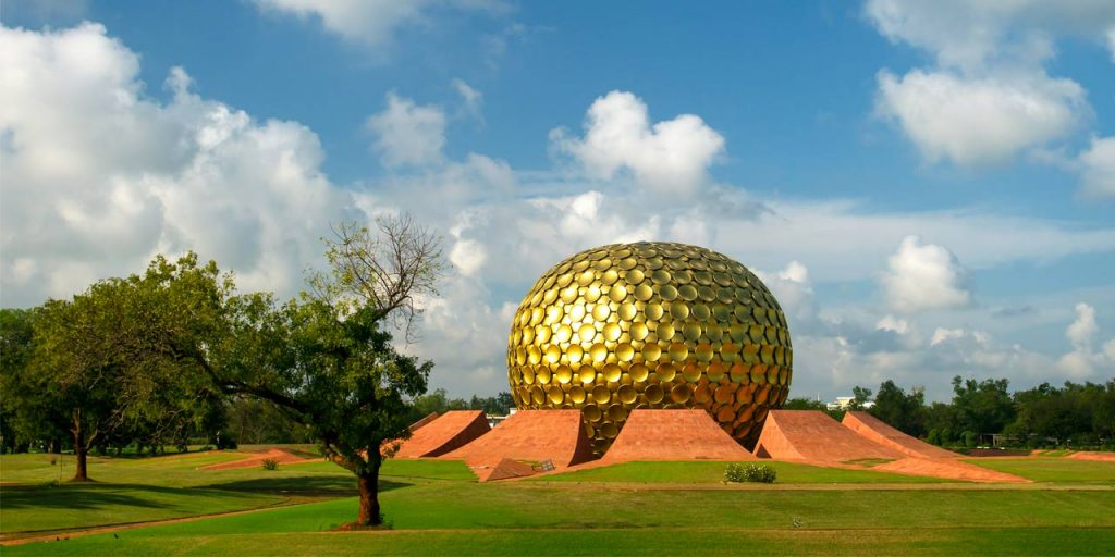 auroville india, auroville pondicherry, auroville commune, auroville travel, auroville stay, auroville community, film appreciation course, ഒറോവില്, പോണ്ടിച്ചേരി, യാത്ര