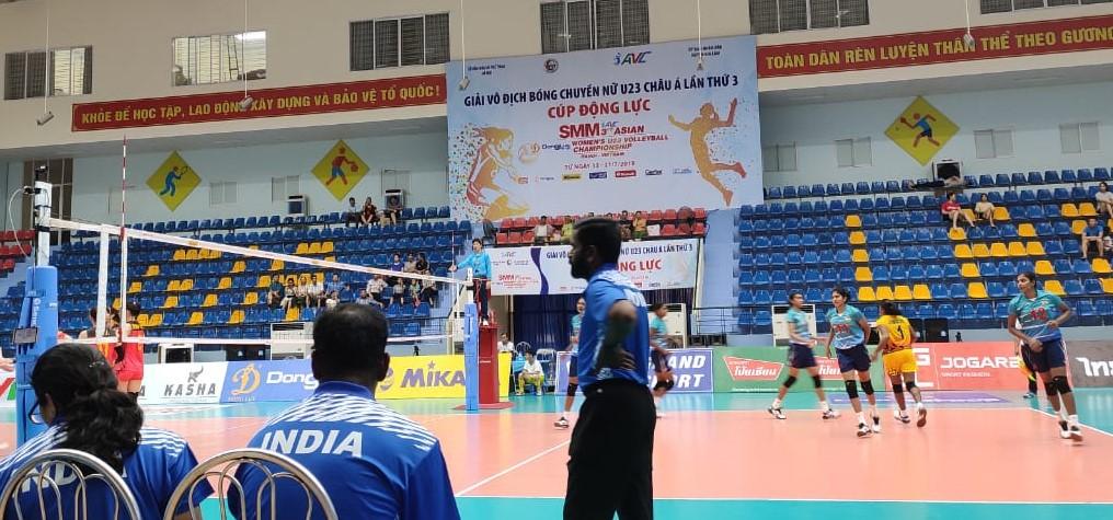 kerala women's volleyball team coach sadanandan cs