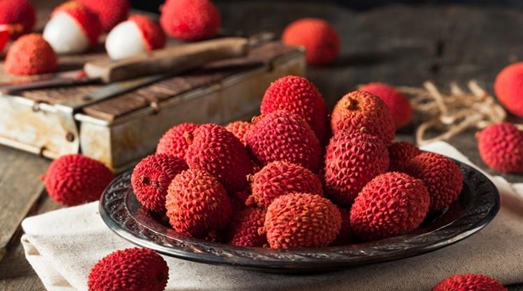 litchi fruit, health benefits of litchi fruit, ലിച്ചി, ലിച്ചി പഴങ്ങൾ, litchi fruit and weight loss