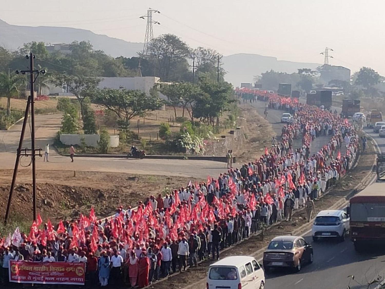 sharad pawar, കർഷകർ, Mumbai farmers, കർഷക മാർച്ച്, Mumbai Farmers march, മുംബൈ കർഷകർ, farm bills, farm laws, farmers protest, ഐഇ മലയാളം, ie malayalam
